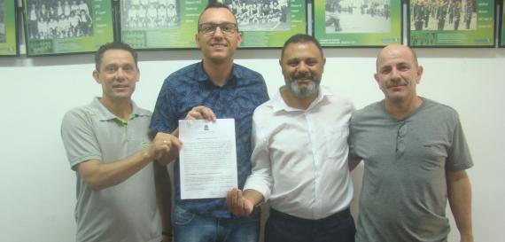 Assinado convênio para repasse de recursos à entidades esportivas