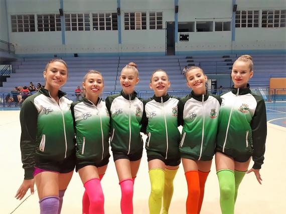Equipe de ginástica rítmica recebe capacitação com treinadoras da Bulgária