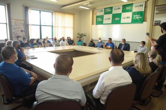 Governo de Chapecó faz reunião com secretários e diretores