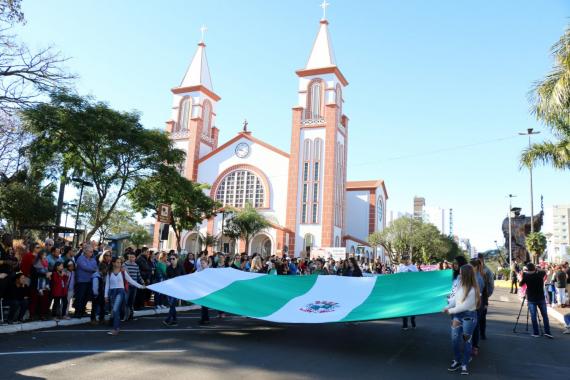 Chapecó organiza Desfile Cívico
